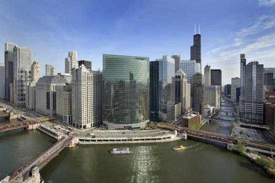 NEW! Windy City Tours: Content Meets Culture – Conversations With Experts